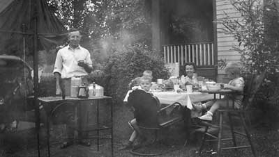 Hocker Family BBQ, circa 1946