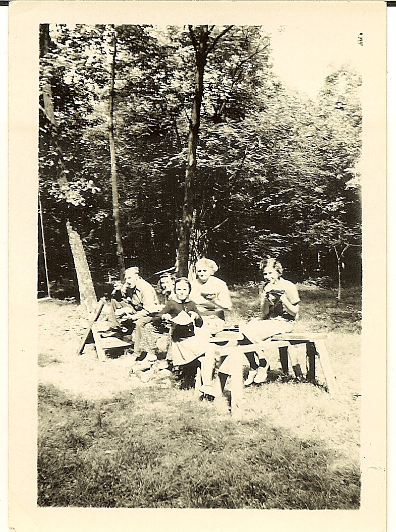 Hocker hunting camp, circa 1939