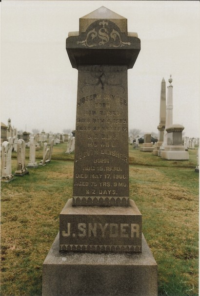 Joseph Snyder and Judith Deisher tombstone