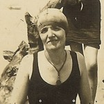 Aunt Bess with Bonnie and Anna, circa 1926