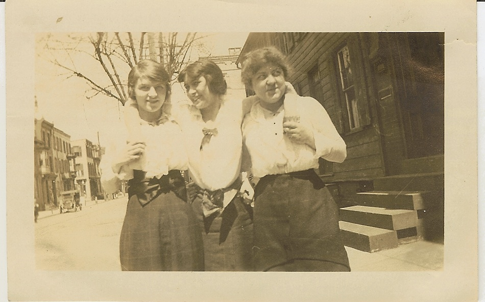 Isabella Smith and the telephone girls